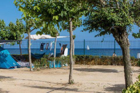 Camping Caballo de Mar on the beach